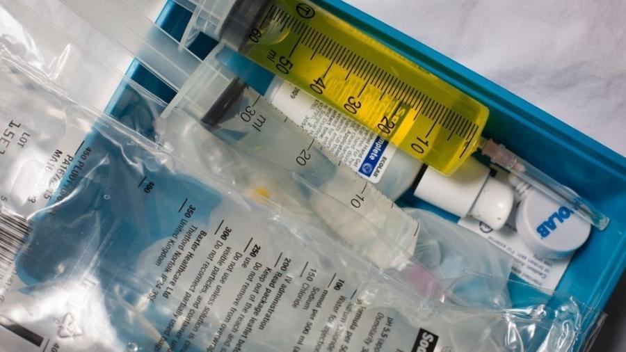 O FDA alertou recentemente sobre os riscos apresentados pelas terapias com plasma - GETTY IMAGES