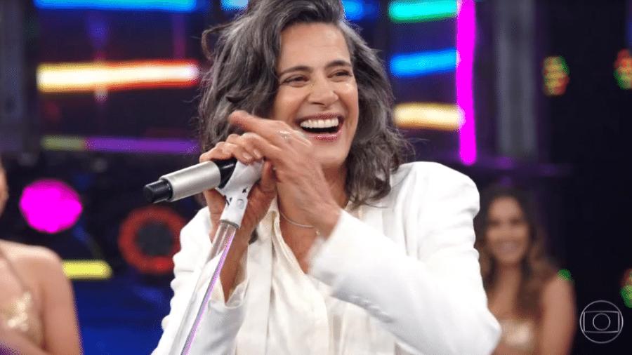 A cantora Simone do Domingão do Faustão - Reprodução/TV Globo