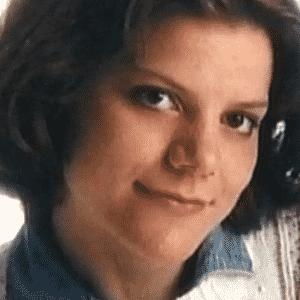 """2015 - Teresa Halbach, vítima do crime pelo qual Steven Avery é sentenciado a prisão perpétua no documentário """"Making a Murder"""" - Reprodução/Netflix"""