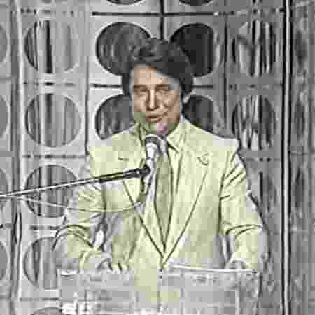 """Sergio Chapelin apresentou o programa """"Show Sem Limite"""" no SBT, em 1983 - Reprodução/SBT - Reprodução/SBT"""