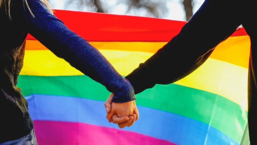 """Termo """"lésbicas"""" remeterá a resultados informativos e ligados a saúde ou educação sexual - Getty Images/iStockphoto"""