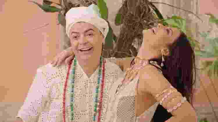 Paolla Oliveira grava clipe com David Brazil em terreiro - Gabriel Gomes/Kondzilla