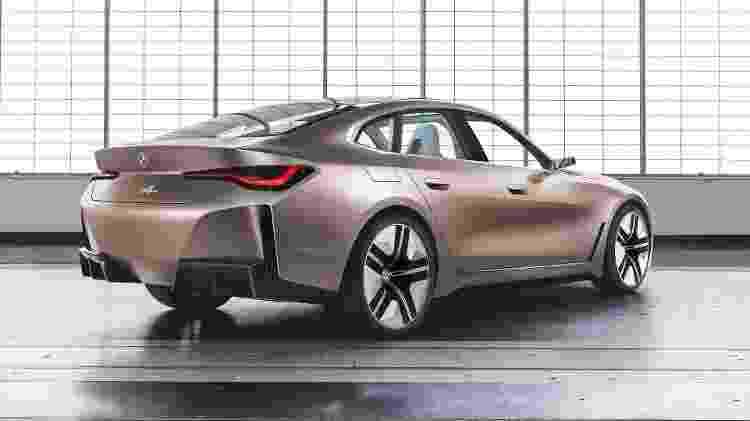 BMW Concept i4 2 - Divulgação - Divulgação