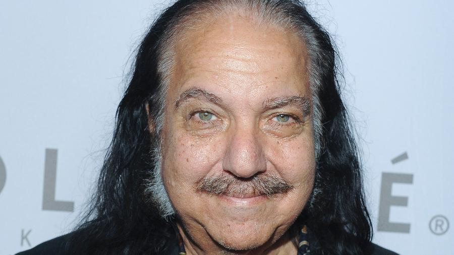 Ron Jeremy, de 68 anos, foi indiciado por acusações de abuso sexual - Getty Images