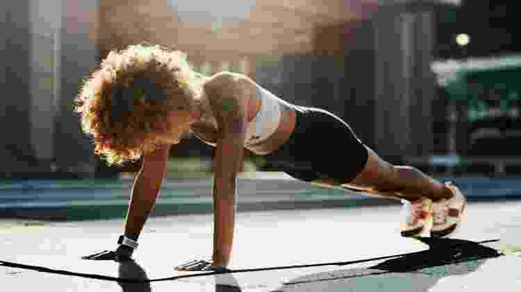Prancha, exercício, treino intenso - iStock - iStock