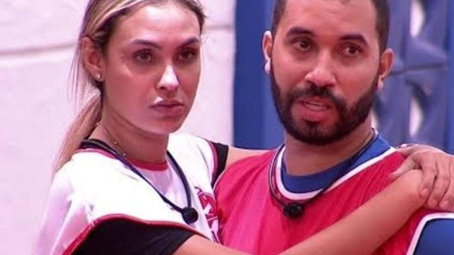 Sister se comoveu ao ver o amigo na casa - Reprodução/TV Globo