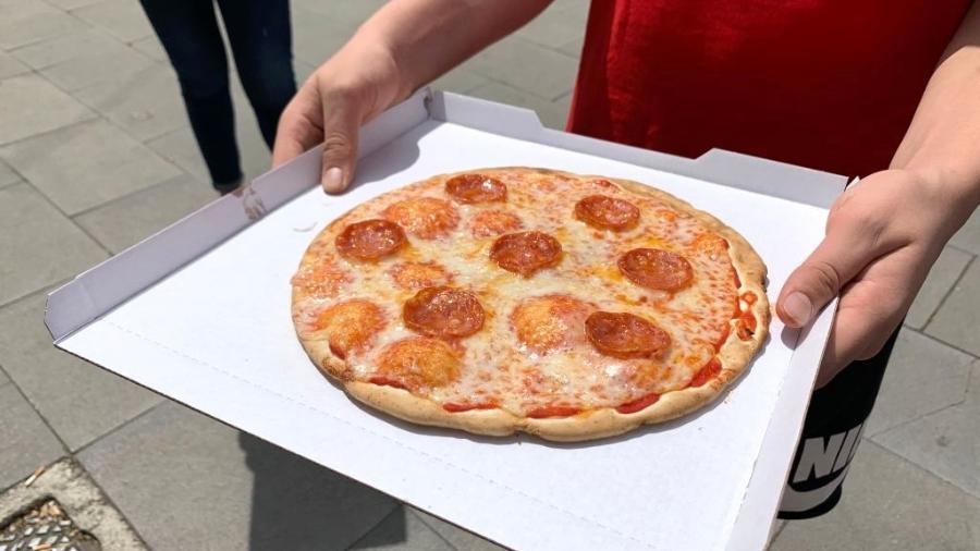 Capital mundial da pizza recebe fastfood que promete preparar discos com cobertura em 3 minutos - Johannes Neudecker via Getty Images