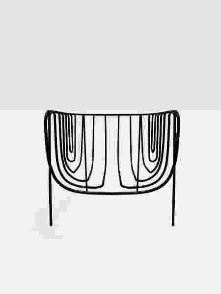Poltrona Thin Black Lines - Divulgação - Divulgação
