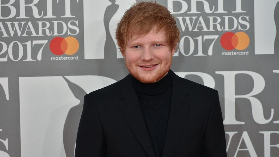 "O cantor Ed Sheeran posa durante o Brit Awards 2017 - Niklas Halle""n/AFP"