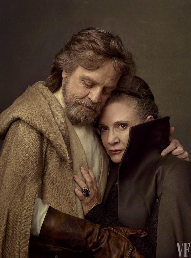 """Fisher e Hamill em ensaio com elenco de """"Star Wars"""" para a """"Vanity Fair"""""""