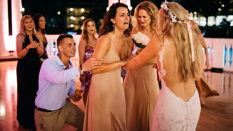 O momento da surpresa de Jess e Adam para Jessica - Ross Dance