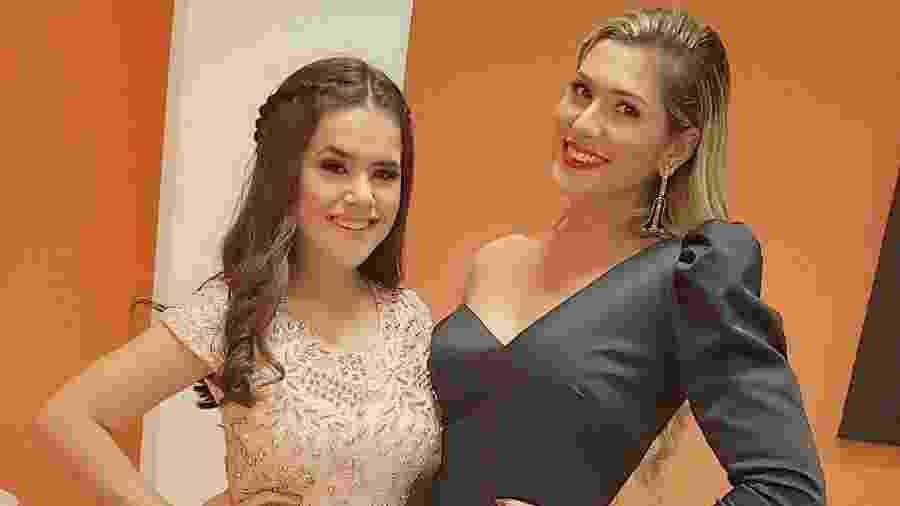 """Lívia Andrade publica foto ao lado de Maisa nos bastidores de gravação do """"Programa Silvio Santos"""" - Reprodução/Instagram/liviaandradereal"""