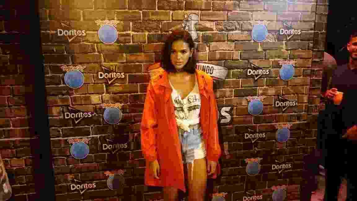 Bruna Marquezine bateu o cartão em mais uma noite do Rock in Rio neste domingo (24) - UOL