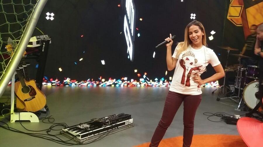 "Anitta nos ensaios de seu novo programa no Multishow, ""Anitta Entrou no Grupo"" - Ana Cora Lima/UOL"