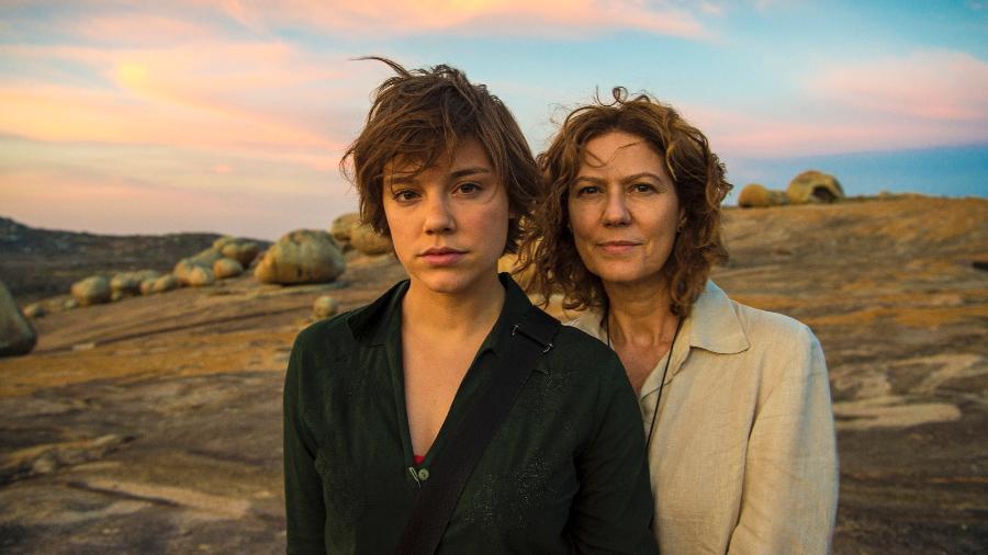 Alice Wegmann e Patricia Pillar nos bastidores da série da Globo - Estevam Avellar/Divulgação/TV Globo
