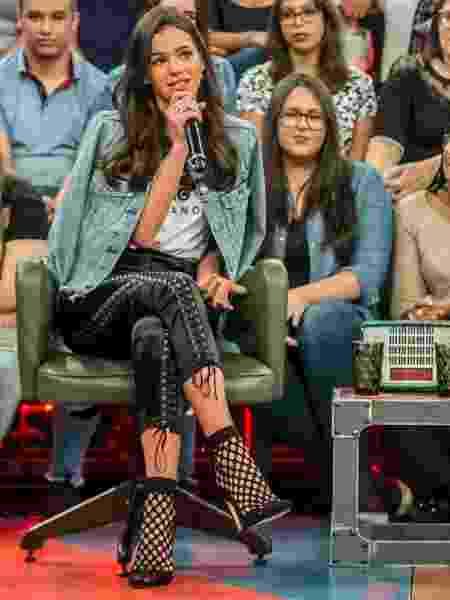 """Bruna Marquezine no palco do """"Altas Horas"""", que vai ao ar neste sábado (28) - Fábio Rocha/TV Globo"""