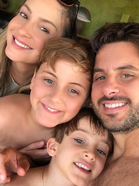 Claudia Leitte, o marido e os filhos - Instagram