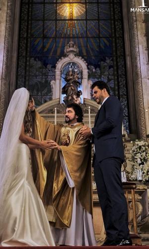 Nicole Bahls e Marcelo Bimbi se casam na Candelária, no Rio de Janeiro
