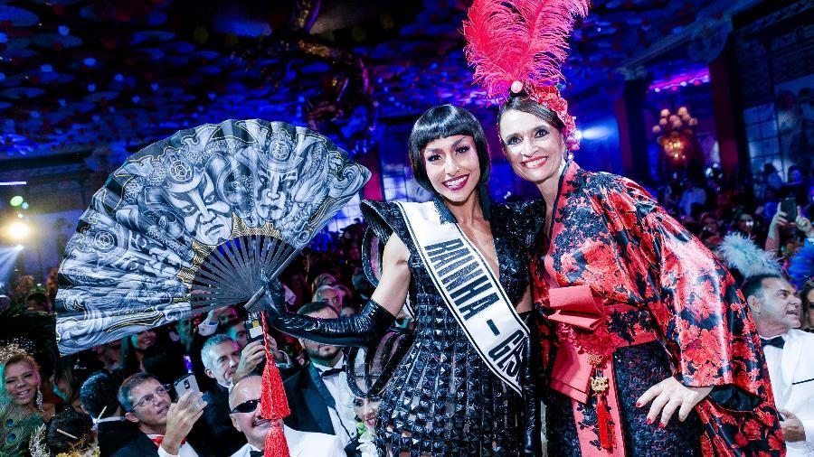 Sabrina Sato e Andrea Natal, no baile do Copacabana Palace, no Rio - Divulgação