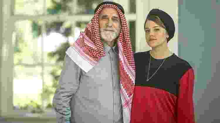 Dalila (Alice Wegmann) é filha do poderoso sheik das arábias Aziz Abdallah (Herson Capri)  - Paulo Belote/Globo - Paulo Belote/Globo