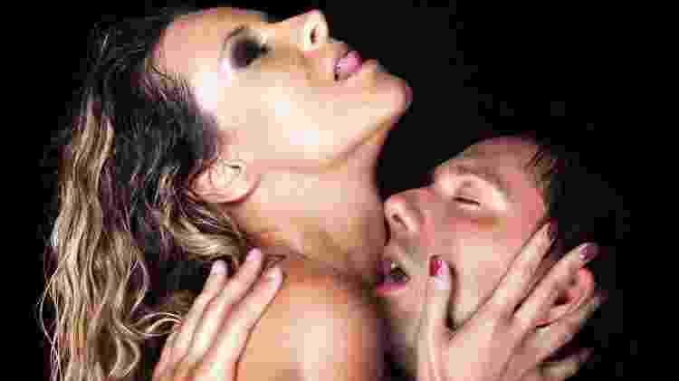Homem não geme no sexo - casal hetero - AleksandarNakic/iStock - AleksandarNakic/iStock