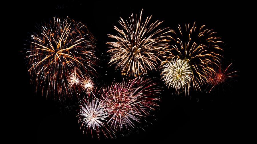 Fogos de artifício, Réveillon, Ano Novo, festa  - AygulSarvarova/Getty Images/iStockphoto