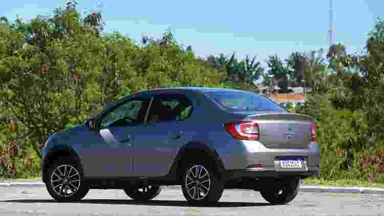 Renault Logan - Murilo Góes/Colaboração para o UOL - Murilo Góes/Colaboração para o UOL