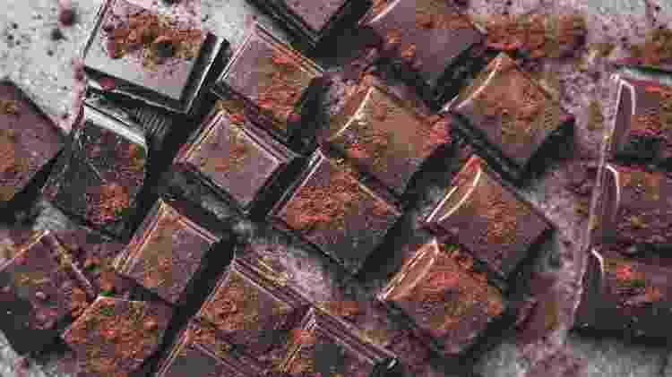 chocolate amargo - iStock - iStock
