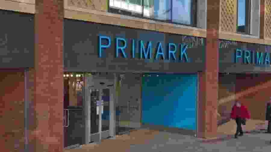 Segurança de loja fast-fashion do Reino Unido estuprou e abusou de adolescentes que tentavam furto - Reprodução/Google Street View