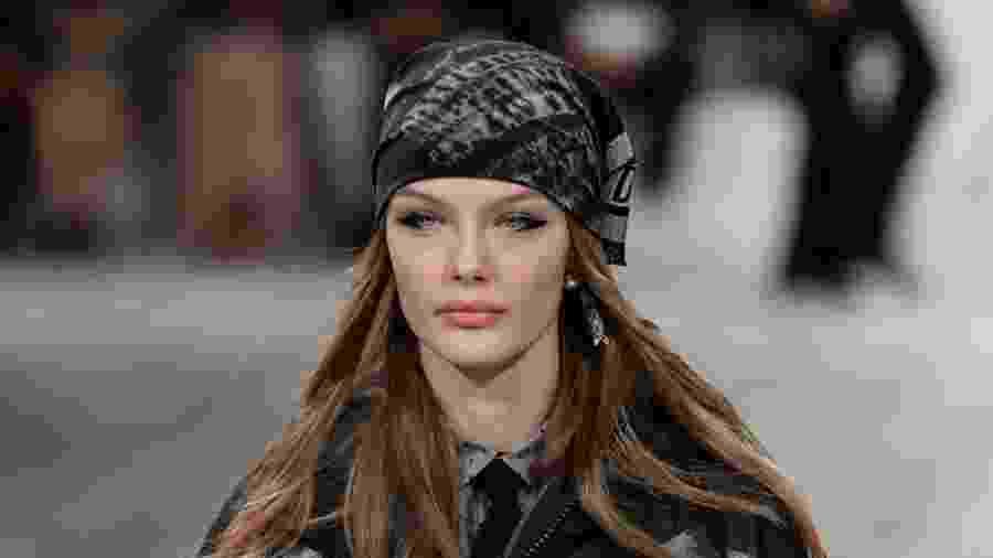 Modelo no desfile da Dior, na Semana de Moda de Paris - Piero Biasion/Xinhua