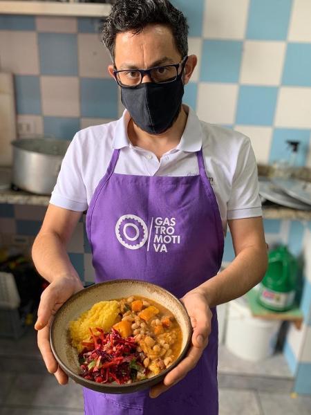 O sírio Anas Rjab é empreendedor no ramo da gastronomia - Arquivo pessoal