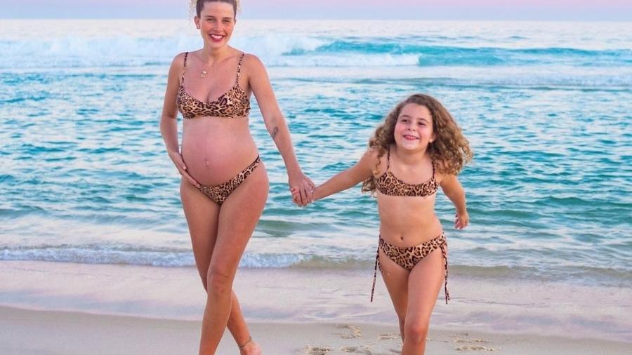 Debby Lagranha exibe barriga de seis meses - Reprodução/Instagram