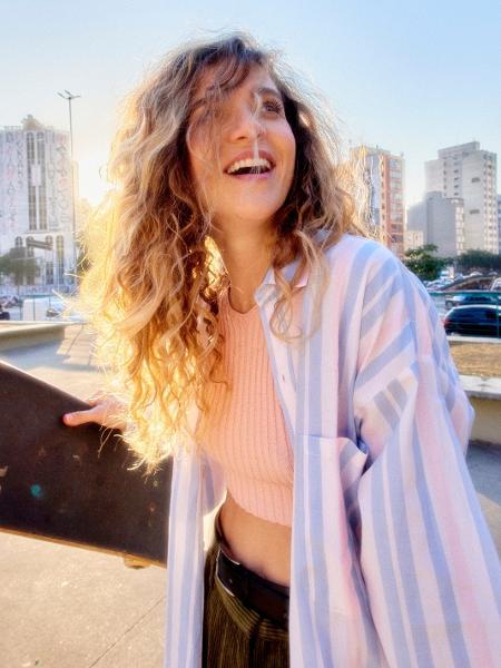 Karen Jonz chamou a atenção como comentarista de skate na SportTV - Divulgação/Pedrita