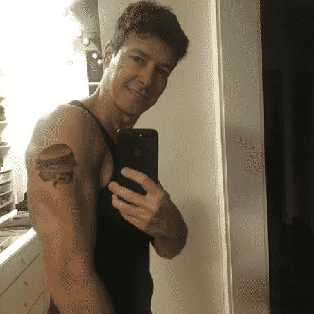 Rodrigo Faro mostra tatuagem falsa - ReproduçãoInstagram/rodrigofaro