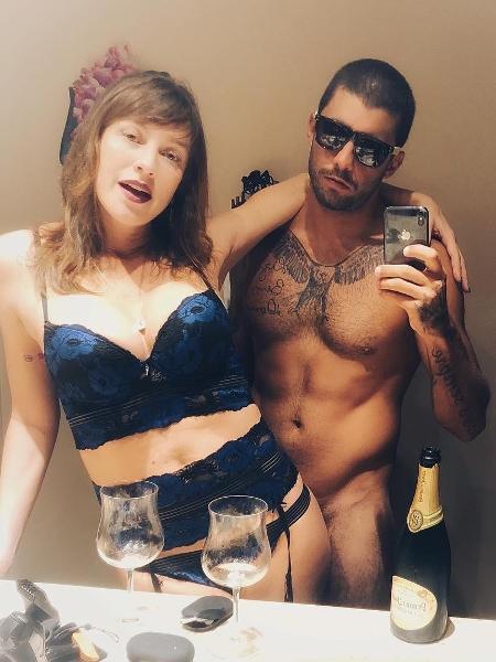Pedro Scooby e Luana Piovani fazem clique ousado - Reprodução/Instagram