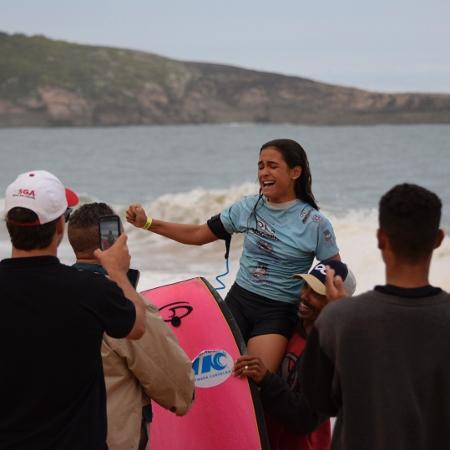Luna Hardman na terceira etapa do Circuito Brasileiro de Bodyboarding  - Flávio Setúbal