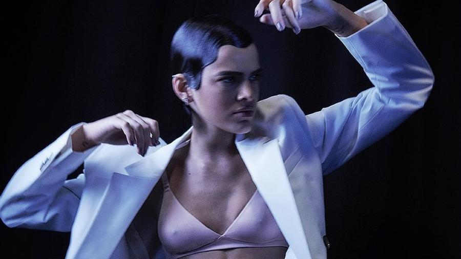 Bruna Marquezine posa de lingerie - Reprodução/Instagram