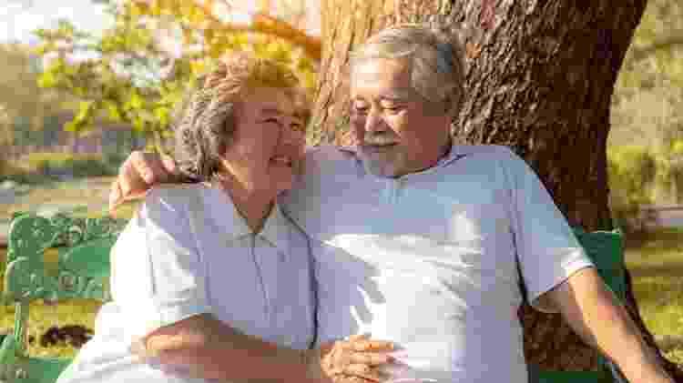 Estudo mostra que idosos sexualmente ativos aproveitam melhor a vida - iStock