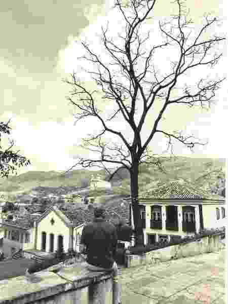 Pouso do Chico Rey antiga, vista do adro da Igreja do Carmo - Divulgação Pouso do Chico Rey - Divulgação Pouso do Chico Rey