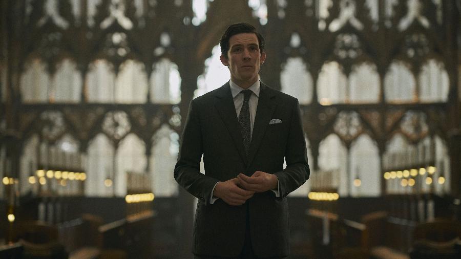 """Josh O""""Connor como Príncipe Charles na quarta temporada de """"The Crown"""" - Reprodução/Netflix"""