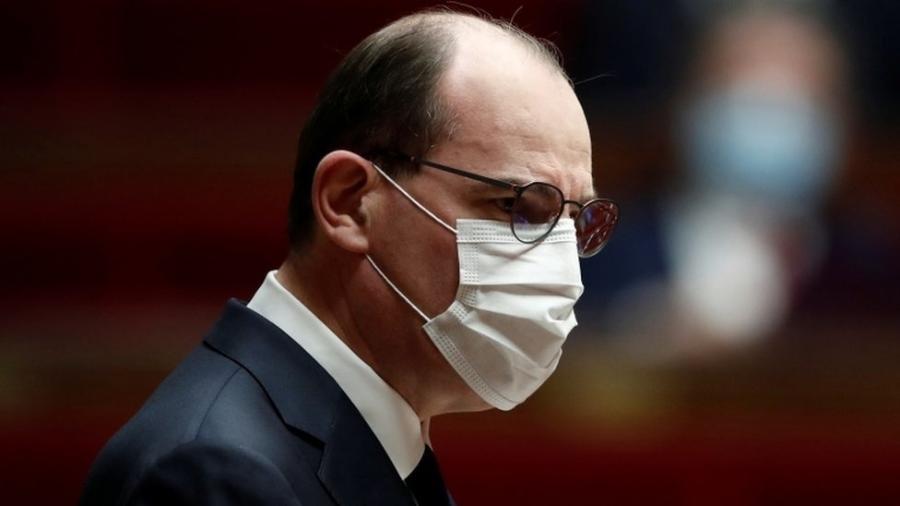 Premiê lamentou desaceleração da vacinação contra a covid-19 na França; país teme avanço da variante delta - Reuters