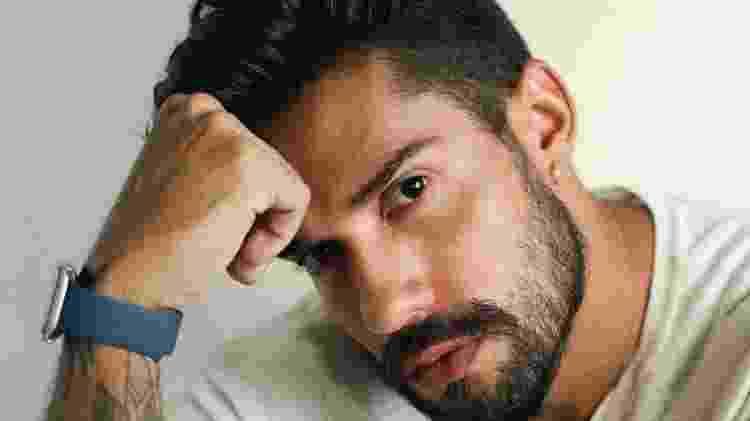 Bil Araújo não ganhou o 'BBB 21' nem o 'No Limite', mas conseguiu uma vitória dupla: ser seguido por Boninho e Tiago Leifert - Reprodução Instagram - Reprodução Instagram