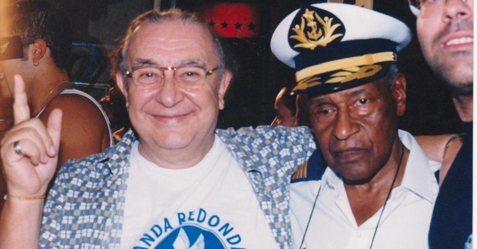 Sérgio Mamberti e Carlão desfilam na Banda Redonda