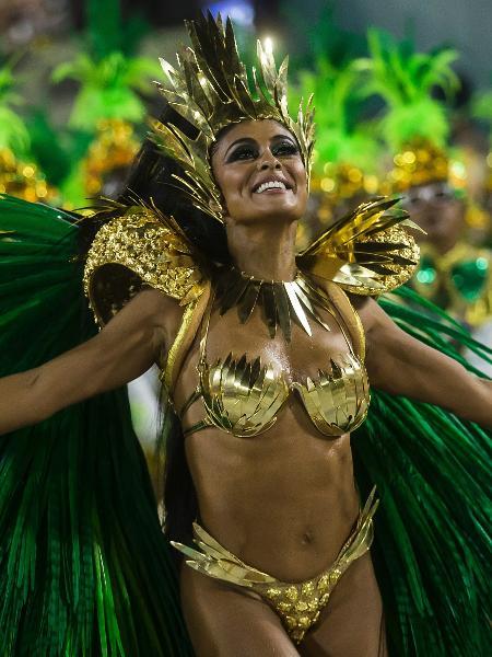 Juliana Paes desfila como rainha de bateria da Grande Rio no Carnaval 2018 - Bruna Prado/UOL