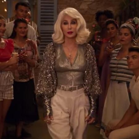 """Cher em sua participação em """"Mamma Mia 2""""  - Reprodução/YouTube"""