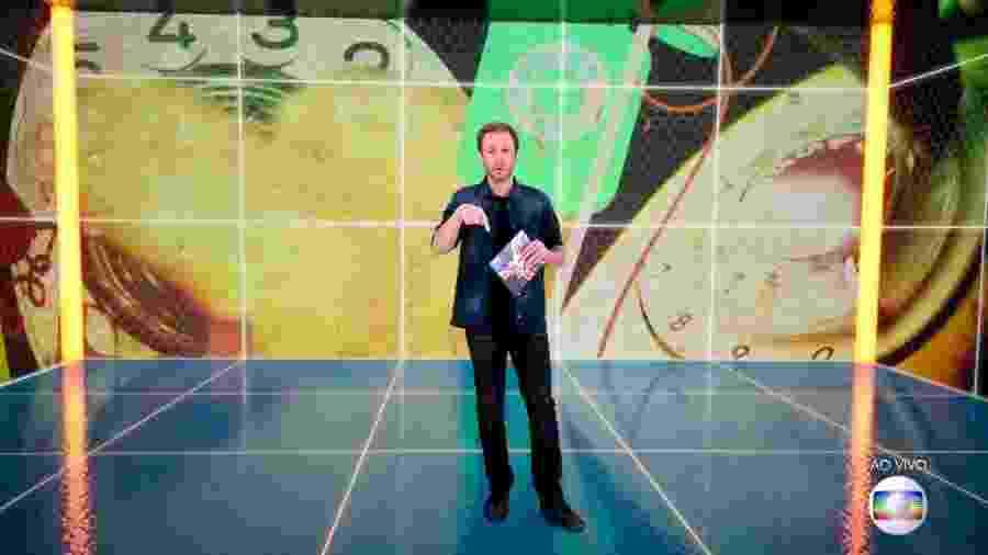 Tiago Leifert anuncia que Big Fone vai tocar no programa ao vivo - Reprodução/TvGlobo
