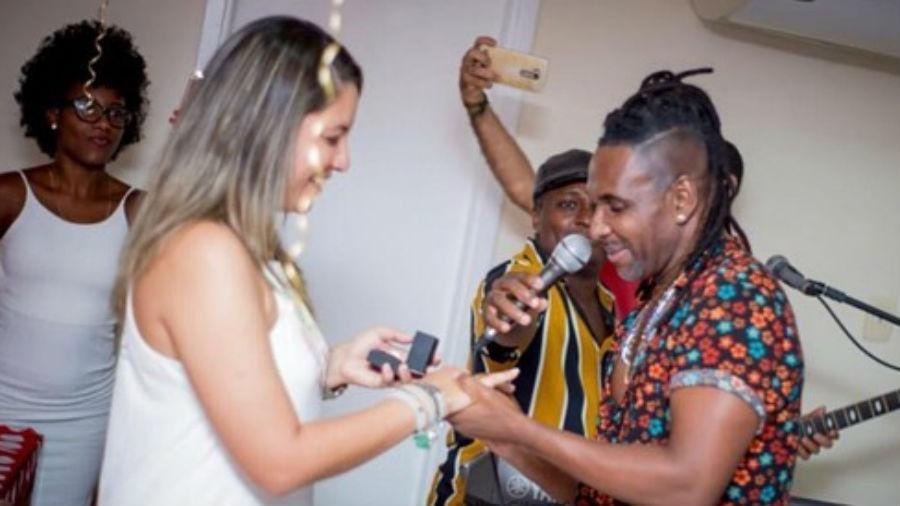 O noivado de Tati Santos e Beto Jamaica - Reprodução/Instagram