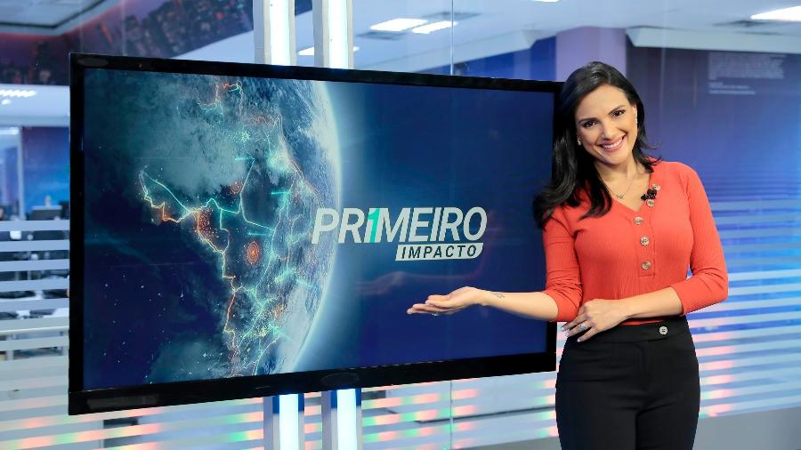 "Márcia Dantas, apresentadora do ""Primeiro Impacto"", deixou claro que o SBT estava exibindo uma reprise na tarde de terça (19) - Lourival Ribeiro/SBT"