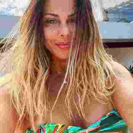 """Caroline Furlan afirmou que Viviane """"vive de mídia baseada em barraco"""" - Reprodução / Instagram"""