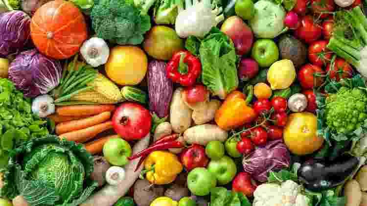 Saber quais são os grupos de verduras, legumes e frutas ajuda a não ficar na mão na hora de cozinhar - Getty Images - Getty Images
